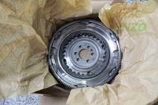 Маховое колесо 1.4T DSG LUK
