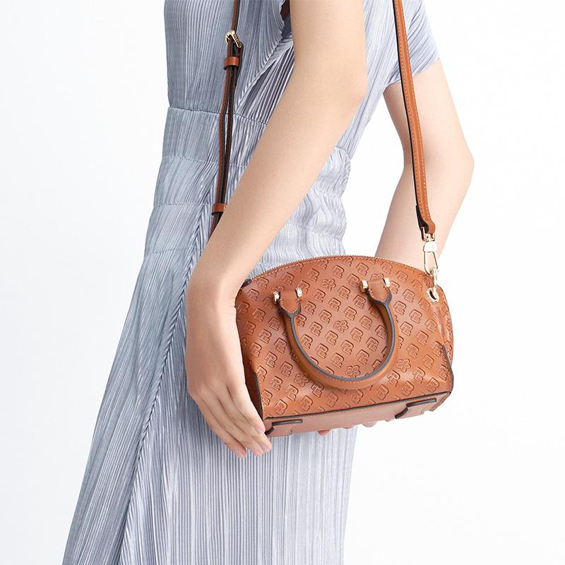 PLD保兰德真皮手提包女2020新款MINI小包百搭斜挎包棕色贝壳包