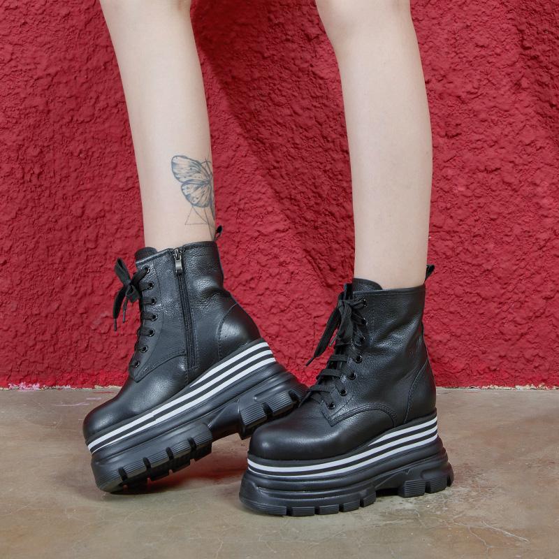 马丁靴女加绒2019冬新款松糕鞋厚底真皮靴子百搭平底黑色小短靴潮