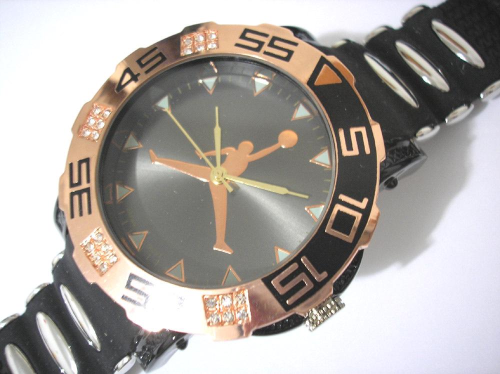 Часы CREATIVE JORDAN