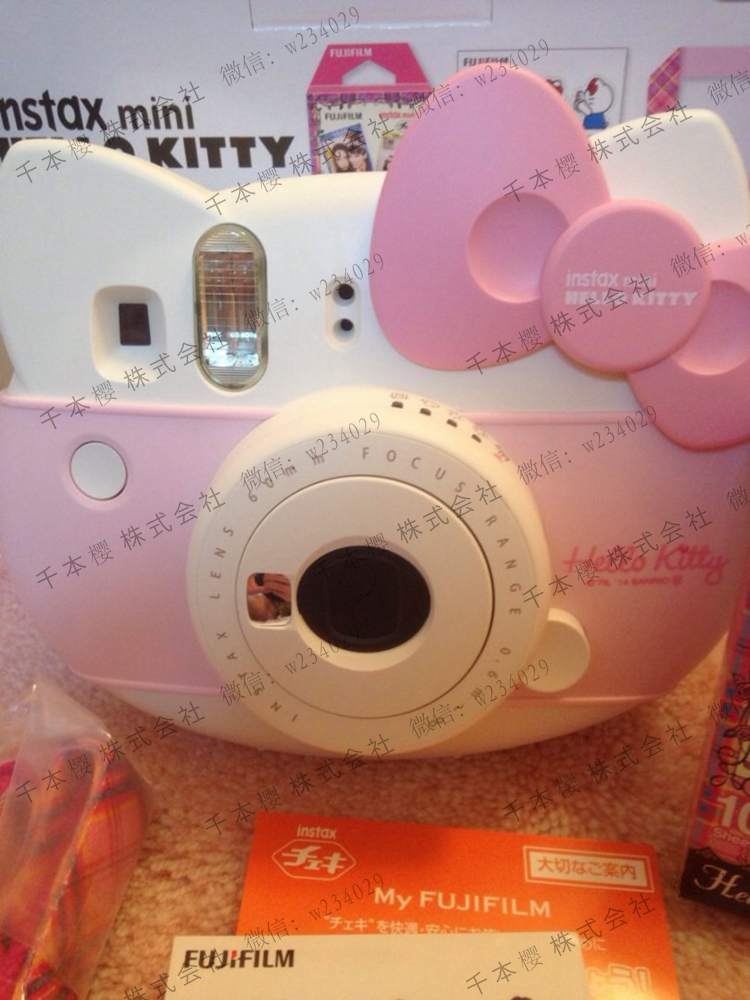 Полароид Fujifilm  Instax Mini8 Hello Kitty fujifilm instax mini 70 black фотокамера мгновенной печати colorfilm instax mini 10 2pk картридж