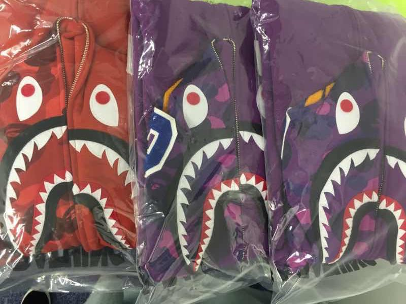 Толстовка A Bathing Ape BAPE COLOR CAMO SHARK толстовка a bathing ape bape heelo kitty camo shark kitty