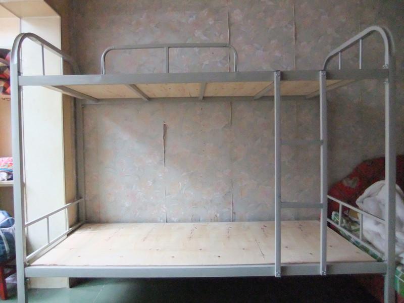 Двухъярусная детская кровать Tamaaki furniture кровать из массива дерева austin furniture 1 8