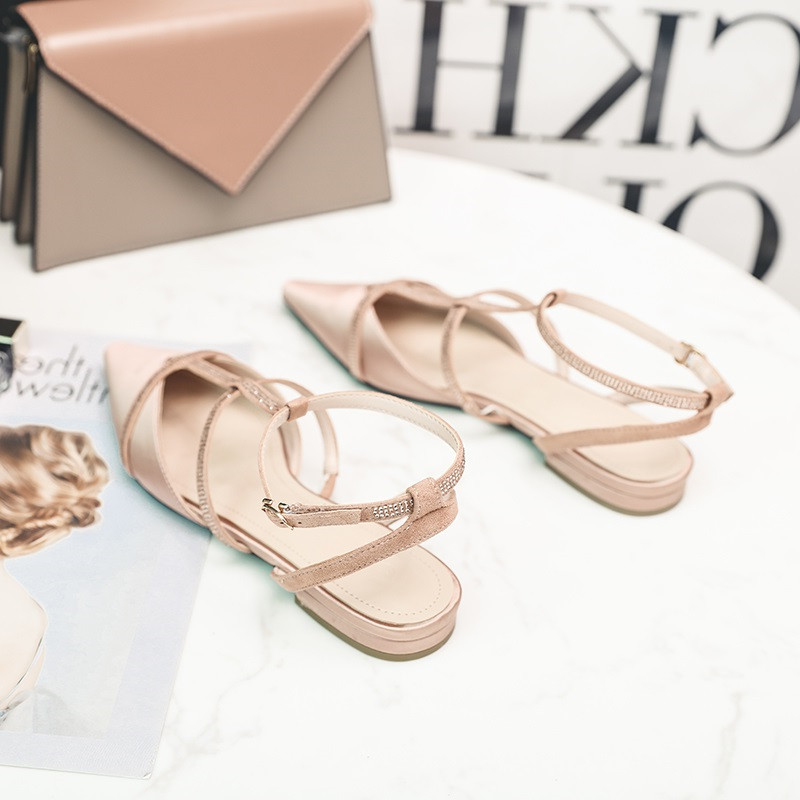 凉鞋女仙女风网红尖头平底包头鞋2020夏季平跟水钻一字扣带罗马鞋