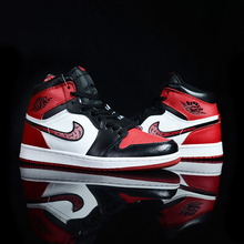 AJ1 Black and Red Chicago High-Up Basketball Shoes Joe 1 Little Lightning Joint Name Mandarin Duck Shoes, Board Shoes, Toes, North Carolina Blue