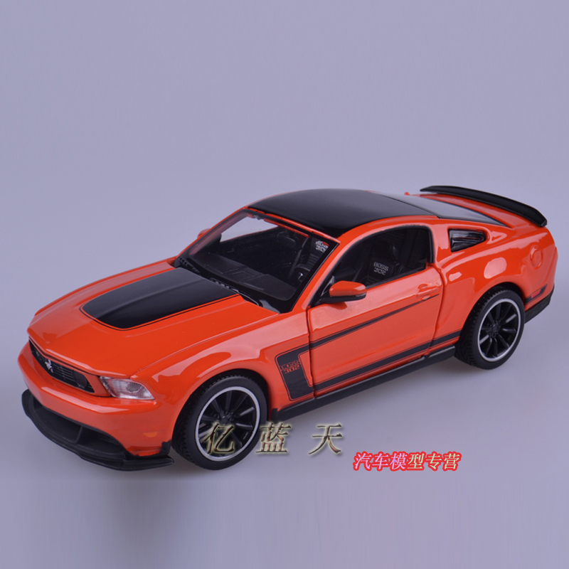 Модель машины Maisto 1:24 FORD Mustang BOSS302 2011 ford mustang boss 302 red 1 24 by maisto 31269