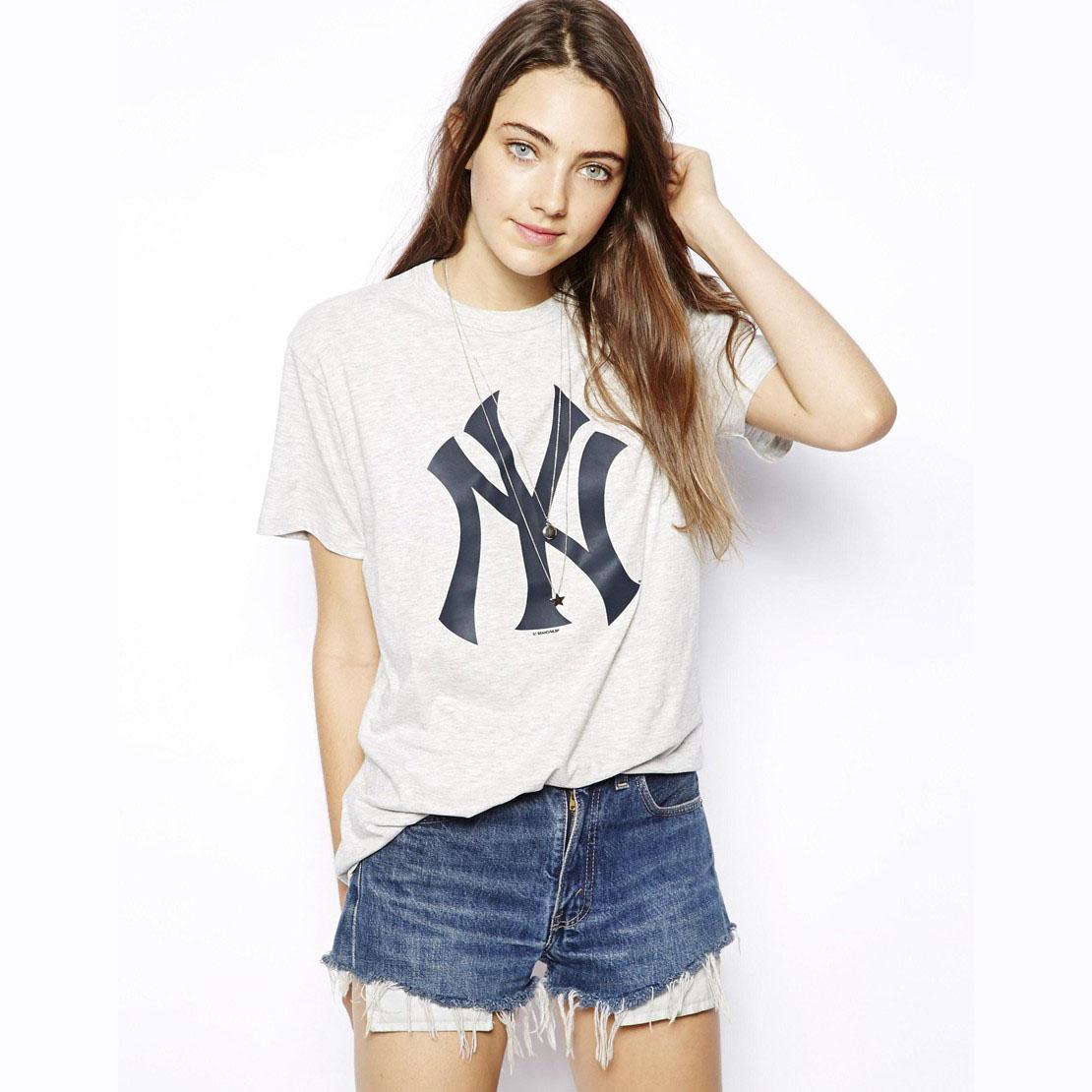 цена Футболка Haoduoyi 02131005 New York Yankees LOGO онлайн в 2017 году
