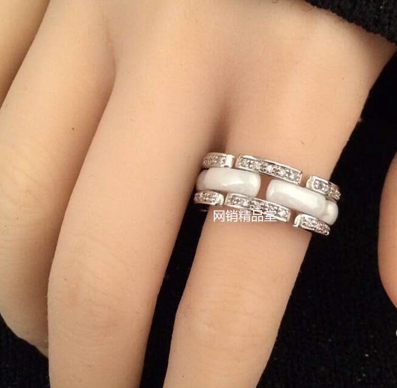 Кольцо Chanel кольцо chanel 2012 52