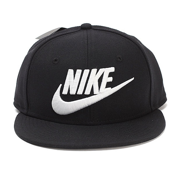 Шапки и кепки для туризма и кемпинга Nike 688510 2015 584169-010
