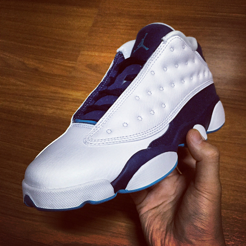 баскетбольные кроссовки Nike air jordan  Air Jordan 13 Retro Low GS Hornets AJ13 Low 310811-107 баскетбольные кроссовки nike air jordan air jordan 11 retro low concord ps aj11 505835 153
