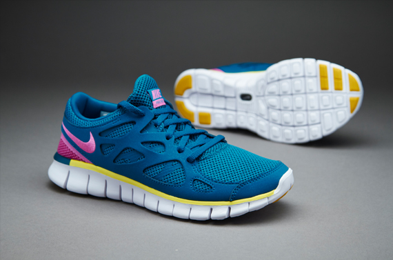 Кроссовки Nike Sportswear Womens Free Run EXT