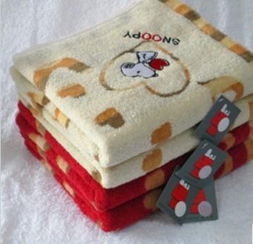 Махровое полотенце Of Snoopy sn1013h детский жилет of snoopy uw42457 2014 42457