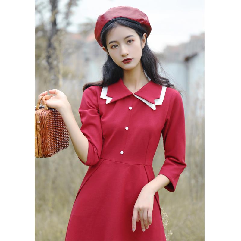 法式小众气质秋冬复古撞色双层领红色连衣裙egg打底裙春款少女