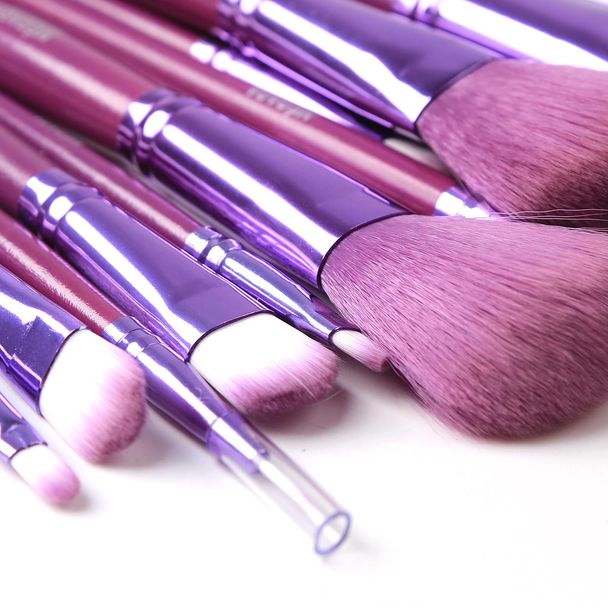 Необходимые инструменты для профессионального макияжа