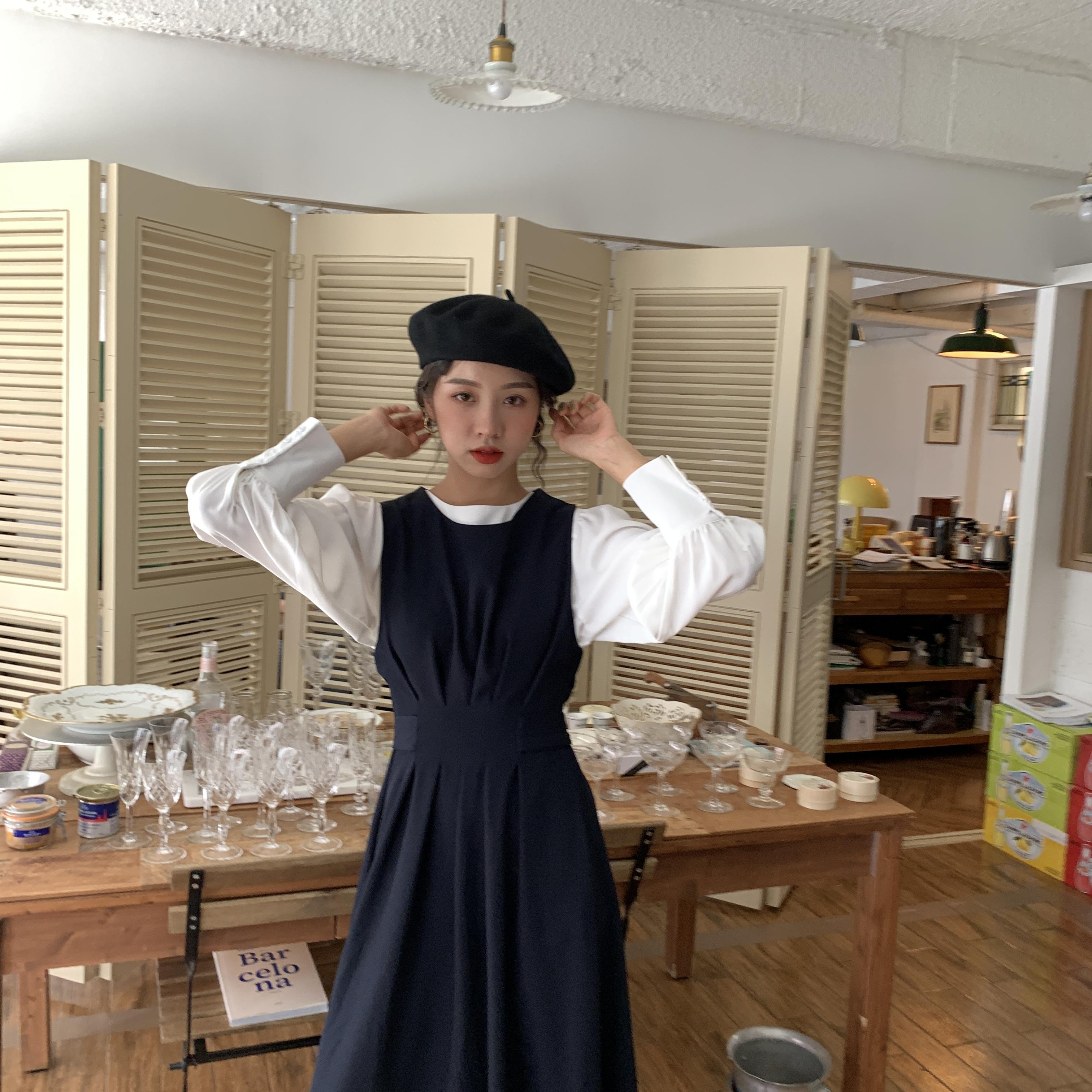 馨帮帮sinbounboun 秋季气质款宽松显瘦无袖圆领背心蓝色连衣裙女