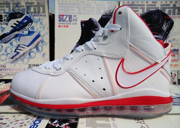 баскетбольные кроссовки Nike  Zoom Lebron кроссовки баскетбольные nike zoom hyperfuse 2014