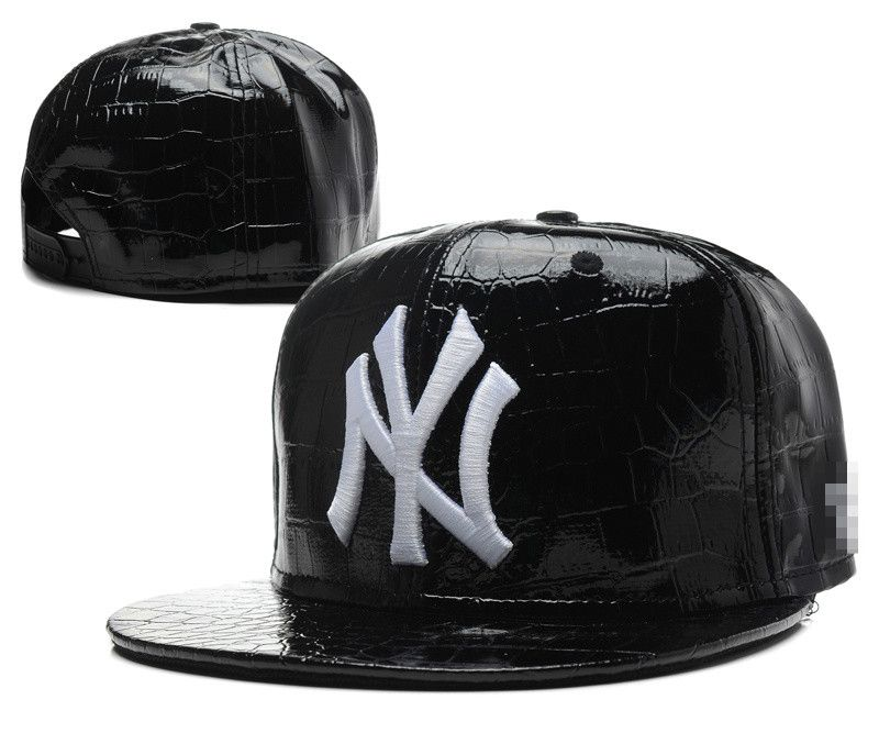 головной-убор-new-york-yankees-snapback