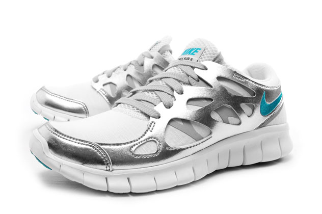 цена Кроссовки Nike  FREE RUN PRM EXT -555340-100 онлайн в 2017 году