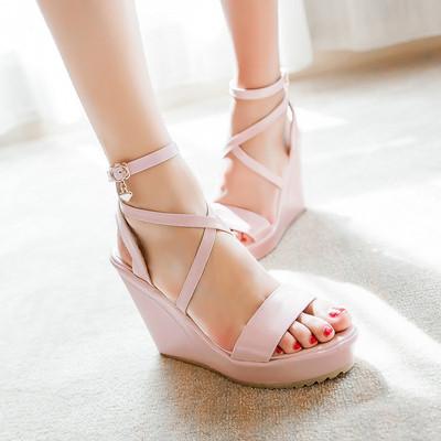 韩版坡跟扣带凉鞋女鞋2015夏款露趾防水台女鞋小码33大码40414243