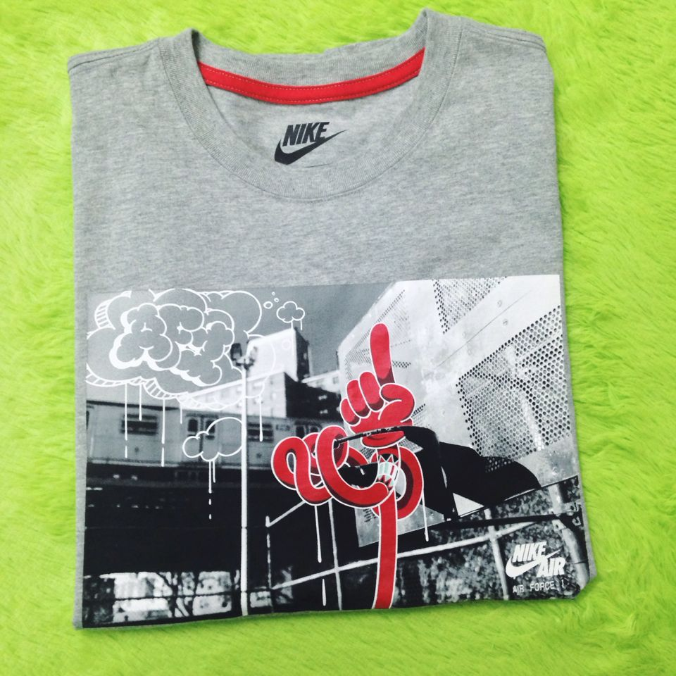 Спортивная футболка Nike AIR FORCE Logo Tee 618943-063 сумка спортивная nike nike ni464bwrym11