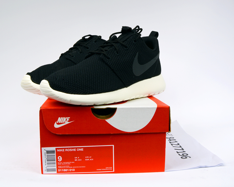 Кроссовки Nike ROSHE RUN ROSHE ONE 511881-010 планшет huawei mediapad m3 lite 8 16gb grey wi fi 3g bluetooth lte android 53019446 cpn l09