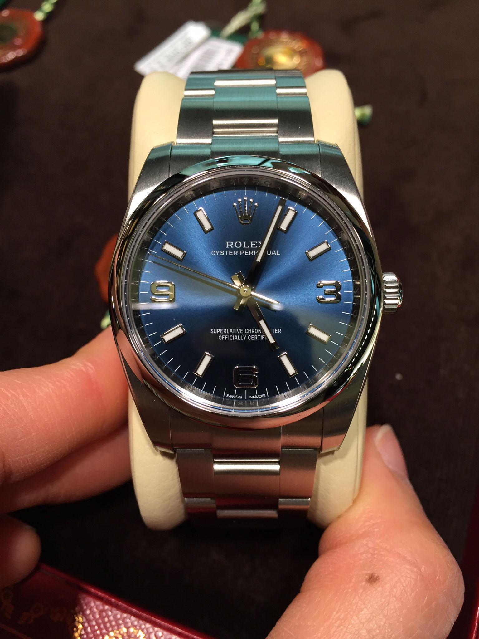 Часы Rolex  114200 34mm