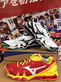 Обувь для бадминтона MIZUNO  TORNADO майка спортивная mizuno mizuno mi951emubq16