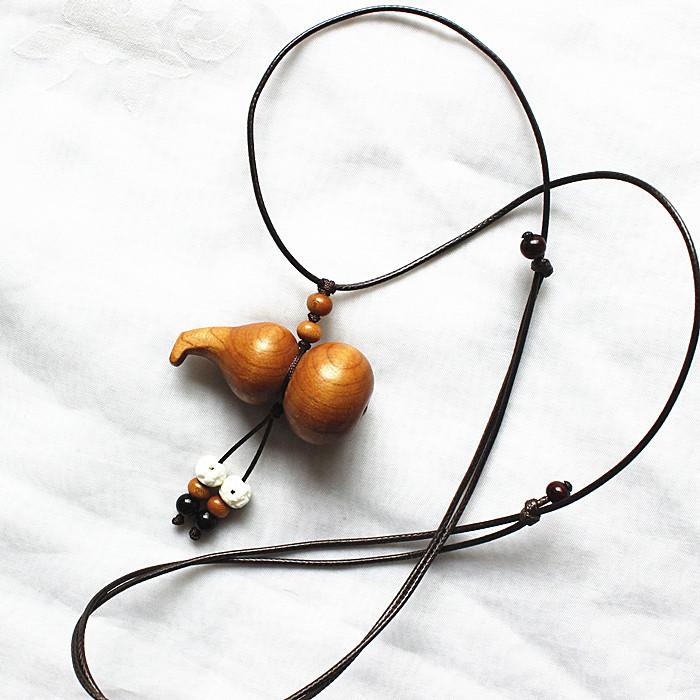 Деревянная резная фигурка Auspicious peaches 20149268