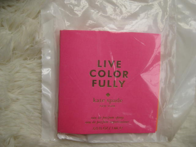 Духи Kate Spade  New York Live Color Fully 1ml сумка kate spade new york kennedy street tizzie