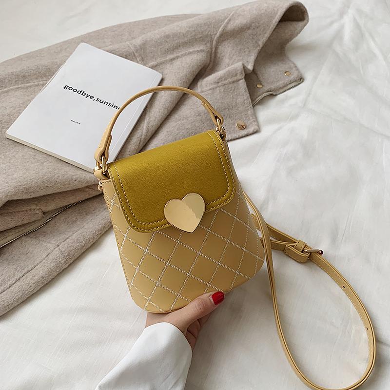 高级感小包包女2020新款简约少女菱格水桶包休闲女士质感斜挎包潮