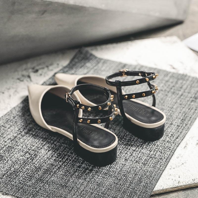 低跟平底凉鞋女夏尖头铆钉一字带罗马鞋性感包头粗跟罗马凉鞋百搭