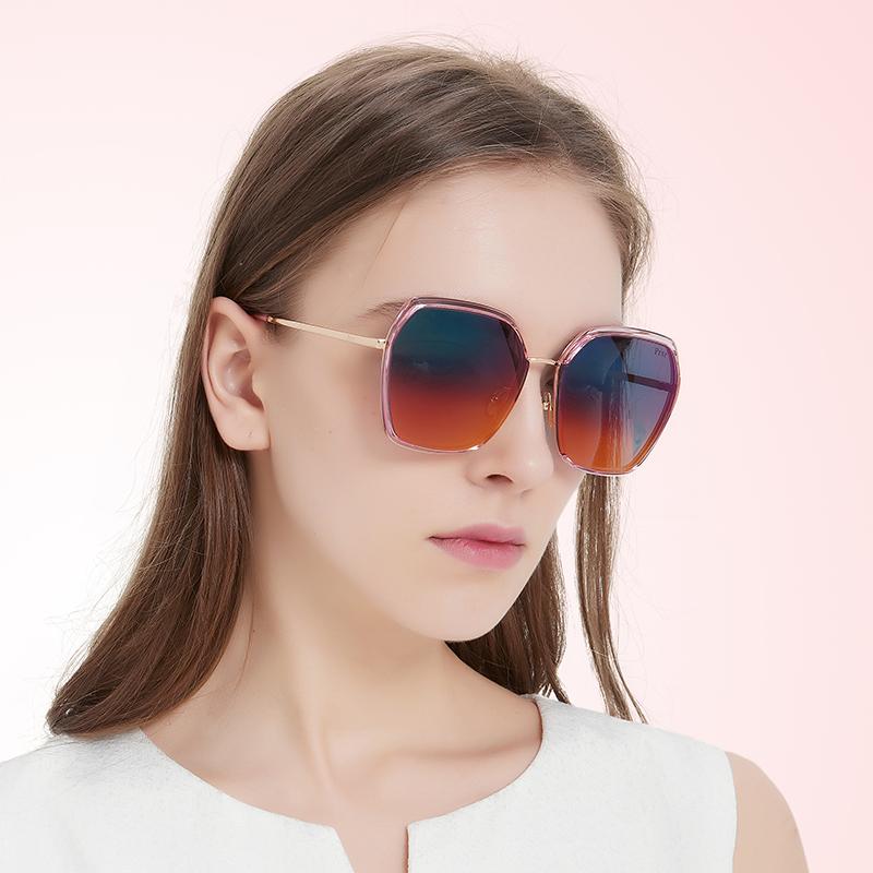 帕莎太阳镜女2020新款娜扎明星款黑色偏光开车渐变炫彩墨镜PS1022