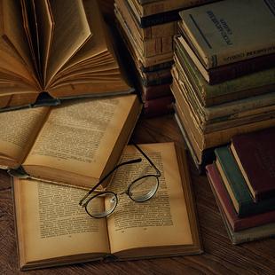 复古外文旧书二手古董书书房咖啡馆家居饰品摆件摄影道具拍照背景