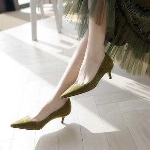 3-5cm小跟单鞋女中跟细跟尖头浅口低跟绒面黑色百搭真皮高跟鞋潮