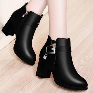 新款短靴女粗跟靴子冬季英伦马丁靴