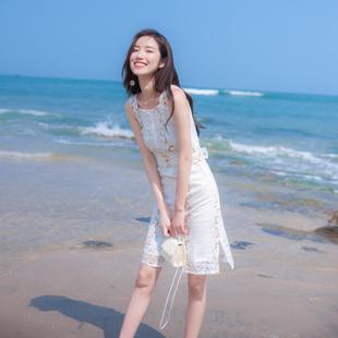 蕾丝连衣裙女夏季2020新款收腰智熏法式印花吊带碎花小清新中长款