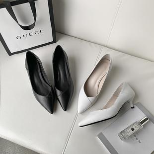 小跟单鞋女3cm低跟鞋细跟真皮浅口尖头百搭黑色舒适大码高跟鞋5CM