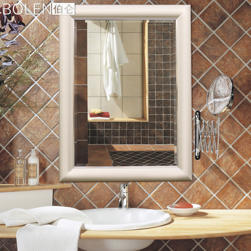 Зеркало в ванную комнату BOLEN  0053