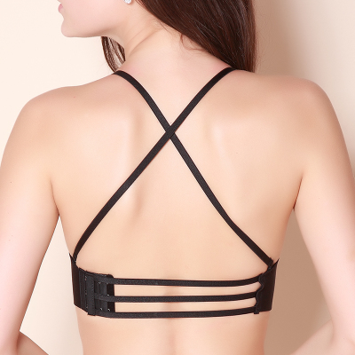 交叉肩带美背文胸光面无痕厚模杯聚拢夏季女性感内衣黑色小胸挂脖