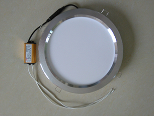 集成吊顶浴霸取暖器中间圆灯8寸LED平板灯卫生间厨房四灯暖+照明