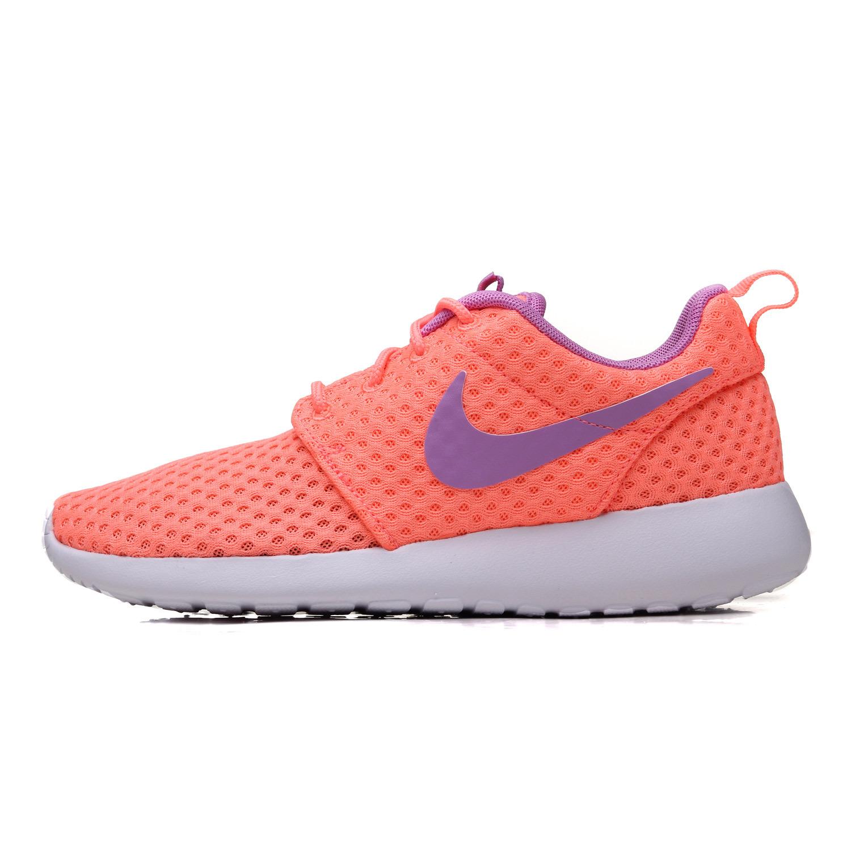 кроссовки Nike  ROSHERUN 724850-661 371 581 nike nike rosherun print