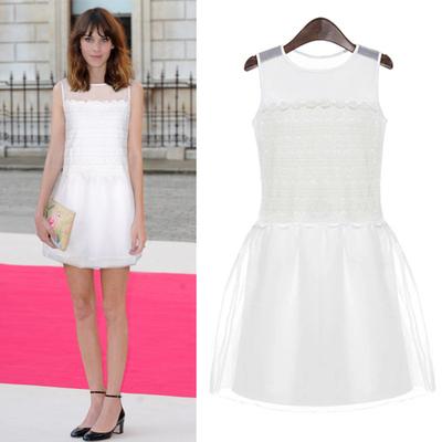毛菇小象 甜美欧根纱吊带背心裙2015夏装白色修身一步裙连衣裙子