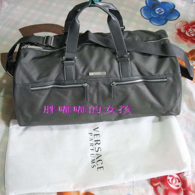 Дорожная сумка Versace сумка versace dbfd703 dvt4z k75o dbfd703 dvt4z k75o
