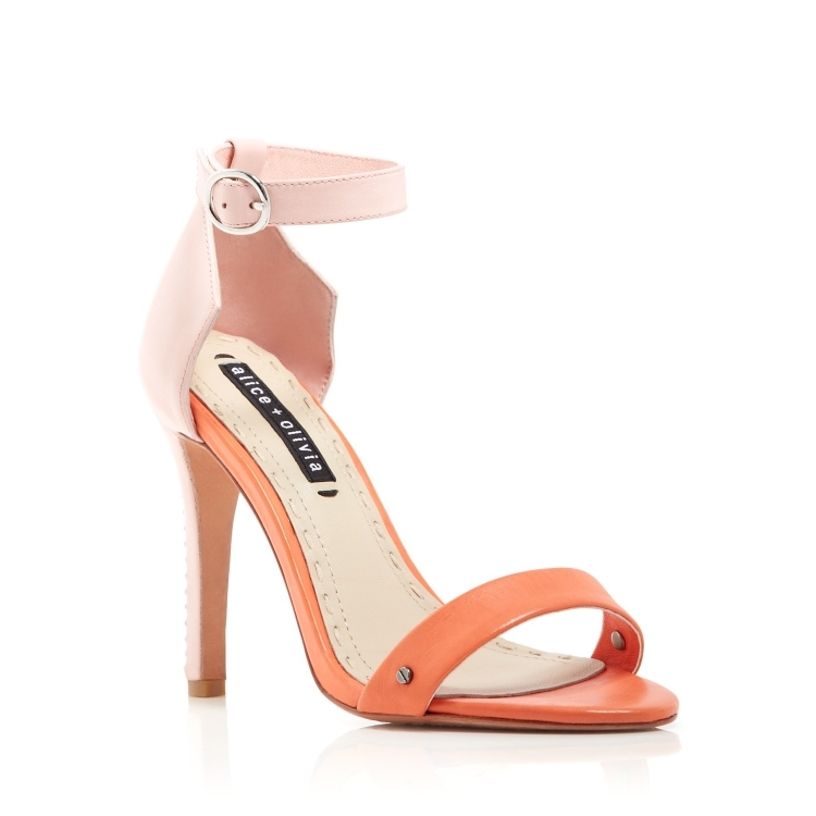 High heels light pink
