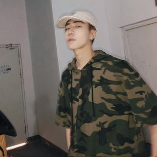2018夏季新款潮男迷彩T恤韩版宽松连帽短袖tee青少年半袖上衣男