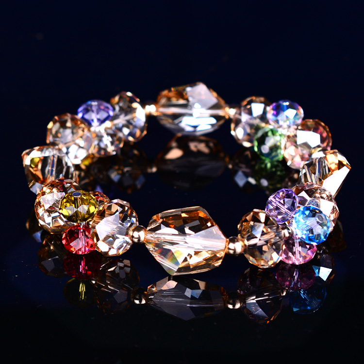 晶莹剔透的水晶手串哪个牌子好