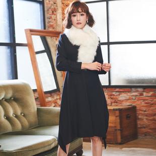 大码女装连衣裙秋冬款2017新款韩版200斤显瘦遮肚藏肉赫本小黑裙