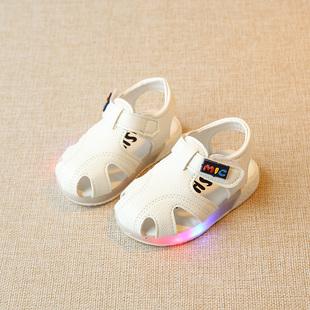 夏季男童宝宝学步凉鞋女童软底循环灯防滑婴幼儿包头鞋软底1-3岁