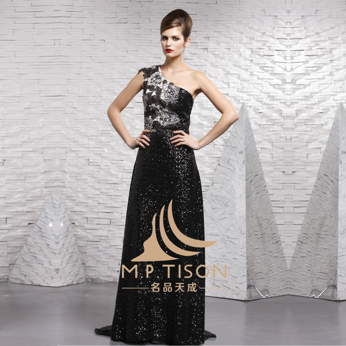 Вечернее платье Famous Cosmos nights dress 2005 Famous Cosmos nights dress
