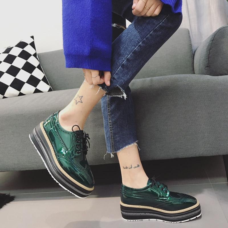 绿色松糕鞋 5CM厚底松糕女鞋英伦学院风复古布洛克休闲单鞋坡跟拉链漆皮绿色_推荐淘宝好看的绿色松糕鞋